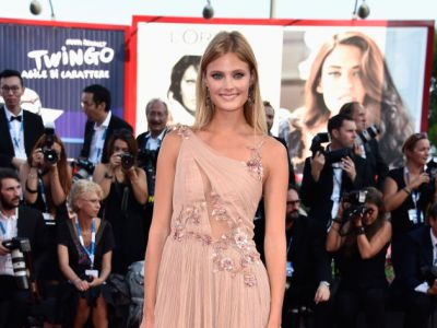 Perfect look: Constance Jablonski