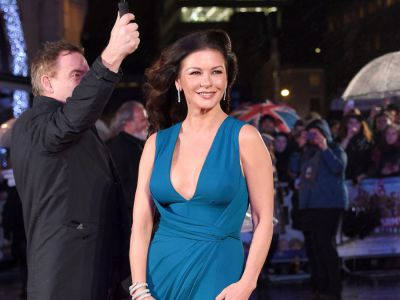 Catherine Zeta-Jones w Elie Saab