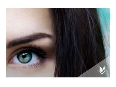 Trendy uroda: zadbaj o skórę wokół oczu