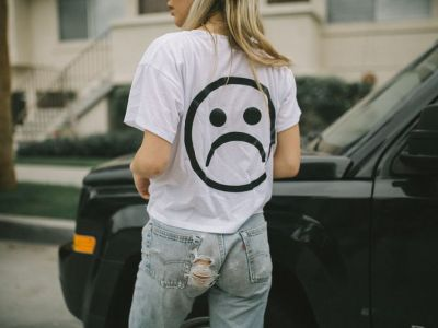 Trendy moda 2018: The Sad Society